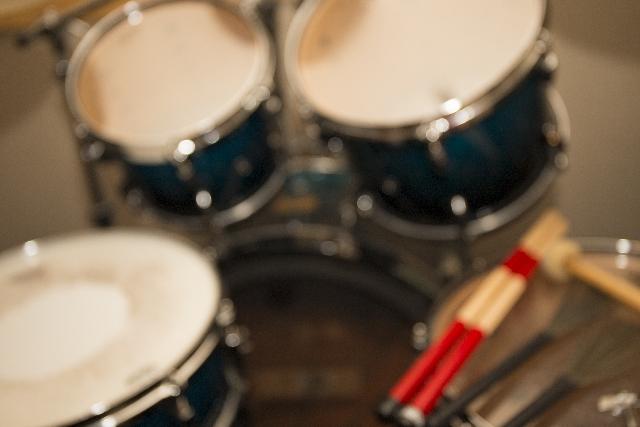 ドラムを始めたい!初心者におすすめの練習方法を教えます!